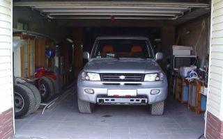 Учимся въезжать в гараж задним ходом – стань мастером парковки