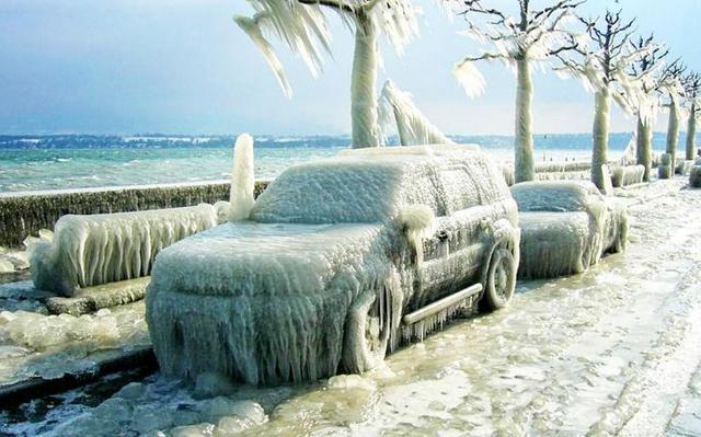 Что делать, если замёрз центральный замок в машине? Список способов и советов