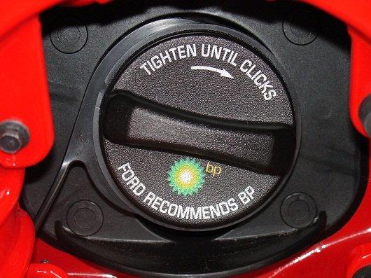 Почему на панели приборов горит ключ? Время посетить автосервис