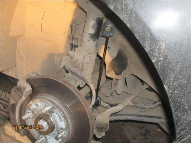 Замена задних и передних стоек стабилизатора на chevrolet lacetti. Французский ремонт