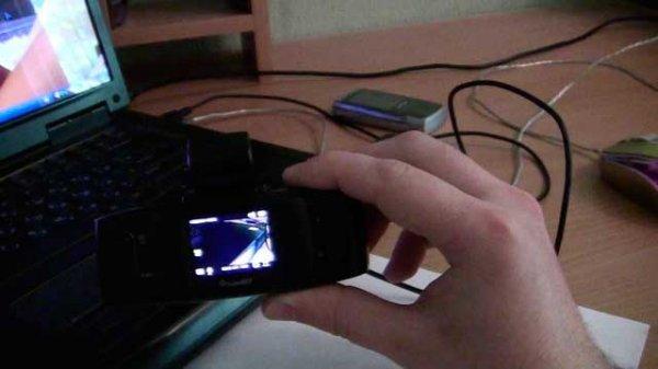 Что делать, если видеорегистратор не включается и горит красная лампочка?
