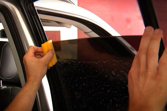 Как самому правильно наклеить тонировку на машину? Сделай все правильно