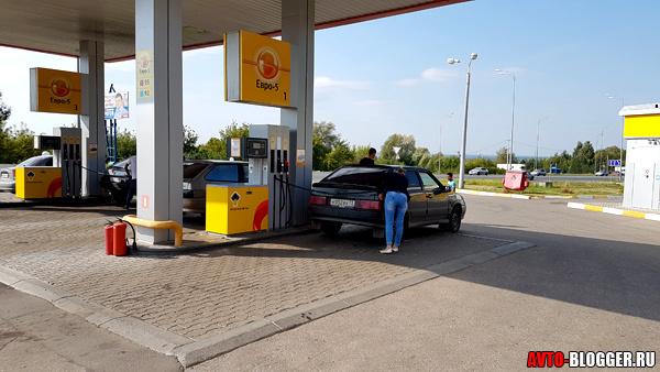 Можно ли смешивать 92 и 95 бензин? Рассматриваем вопрос со всех сторон