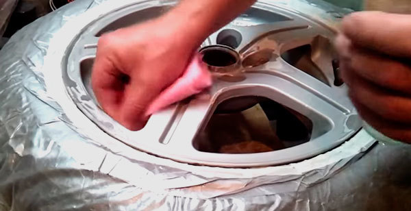 Как самому покрасить штампованные диски? Все не так сложно как кажется