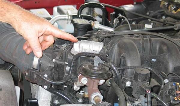 Почему машина глохнет при торможении? Основные причины автонедуга
