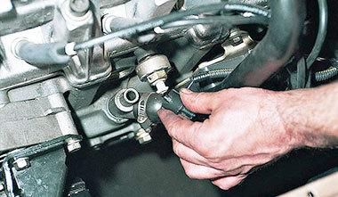 Почему двигатель не набирает обороты? Список причин и очередность действий