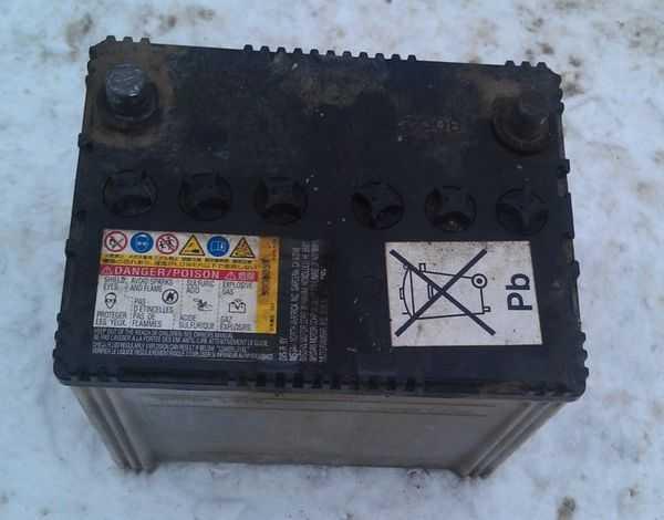 Почему разряжается аккумулятор на автомобиле при стоянке и как этого избежать?