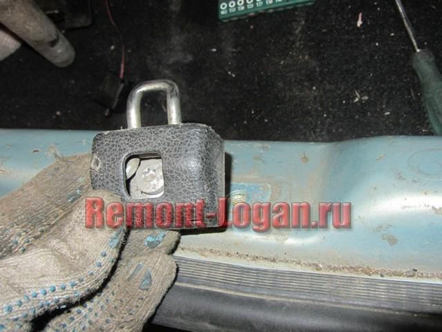Неполадки с замком багажника на renault logan? Устраняем сами его устройство