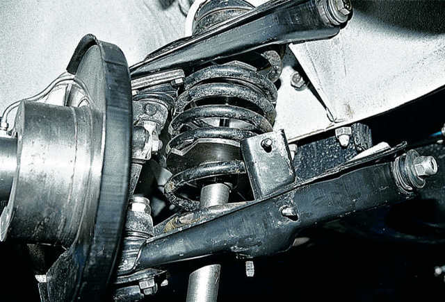 Замена пружины задней и передней подвески на ваз 2107. Мягче, ее все равно не сделаешь