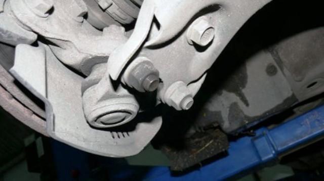 Замена сцепления toyota corolla робот 2007. Начинаем экономить