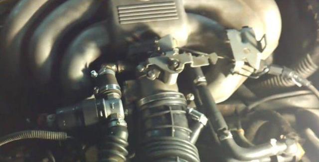 Почему при прогреве двигателя плавают обороты? Возможные проблемы