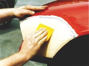 Как покрасить крыло автомобиля своими руками? Актуальный и пошаговый способ