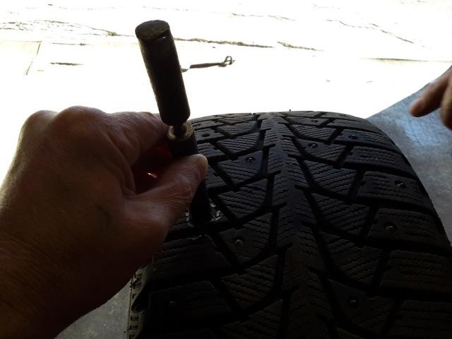 Ошиповка зимних шин своими руками. Разумная экономия