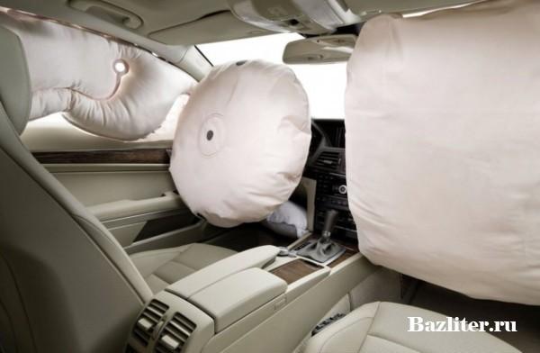 Как работает подушка безопасности? Принцип действия и особенности