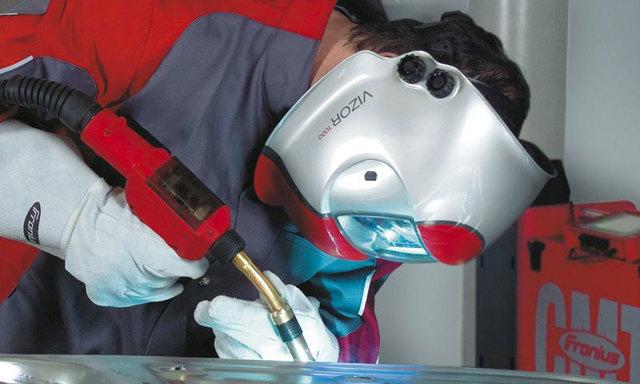 Какой сварочный полуавтомат выбрать для ремонта автомобиля? Обзор популярных видов
