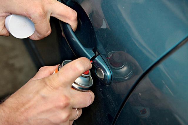 Чем смазать замки дверей автомобиля? Советы на выбор