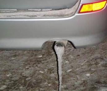 Что делать, если замерзает выхлопная труба и глушитель? Простые действия