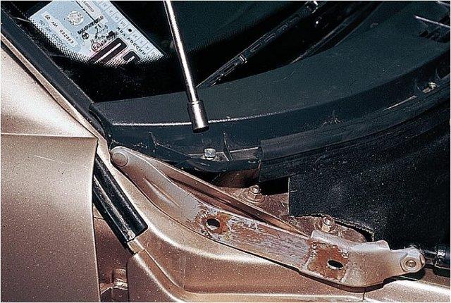 Как снять торпеду на калине? Пошаговая инструкция