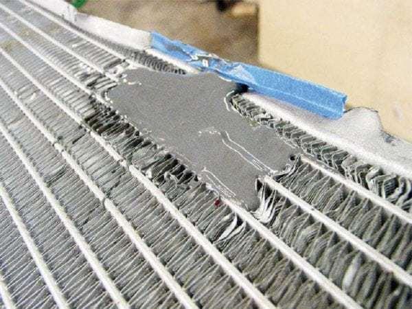 Что делать, если потек радиатор охлаждения? Несколько простых способов