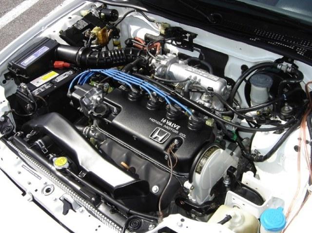 Как и чем правильно мыть двигатель автомобиля в домашних условиях? Чистый движок радует глаз