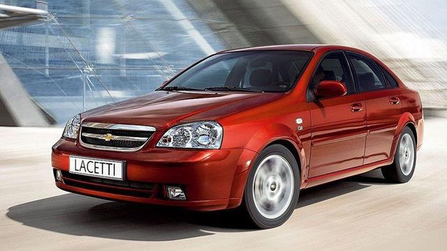 Какую машину лучше купить за 300000 руб.? Бюджетные варианты комфортной езды