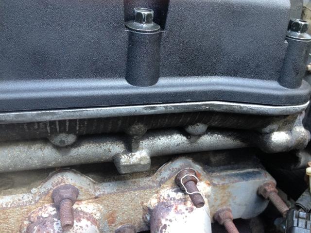 Как заменить прокладку клапанной крышки? Подробное руководство от мастеров сто