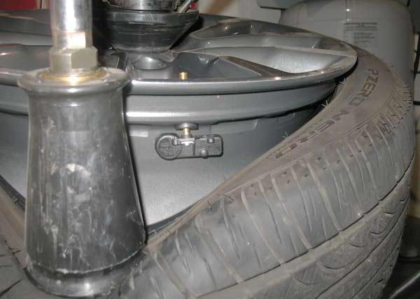 Установка датчиков давления в шинах своими руками. Делаем в гараже