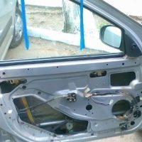 Почему не работает стеклоподъемник водительской и пассажирских левых и правых дверей?