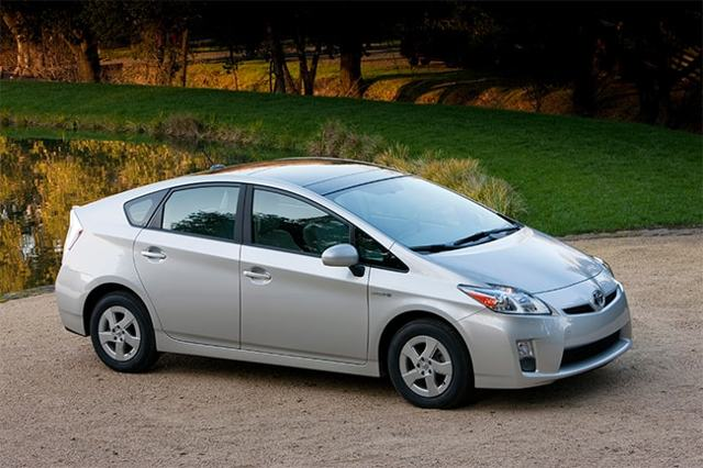 Наиболее экономичные автомобили с высоким клиренсом. Мини обзор автопрома