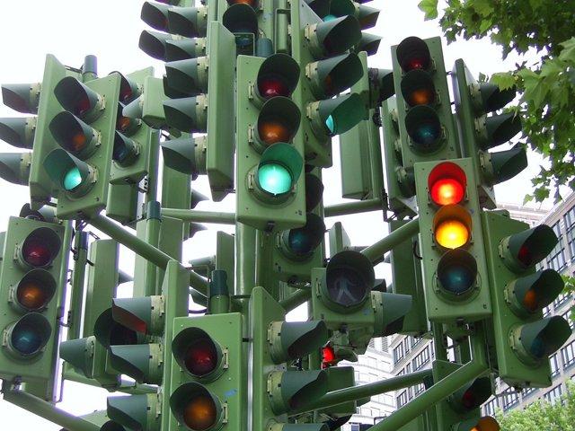 Как правильно входить в поворот на механике и акпп? Ошибки и советы