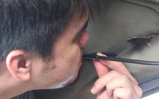 Как снять форсунку омывателя лобового стекла? Хватит платить сто
