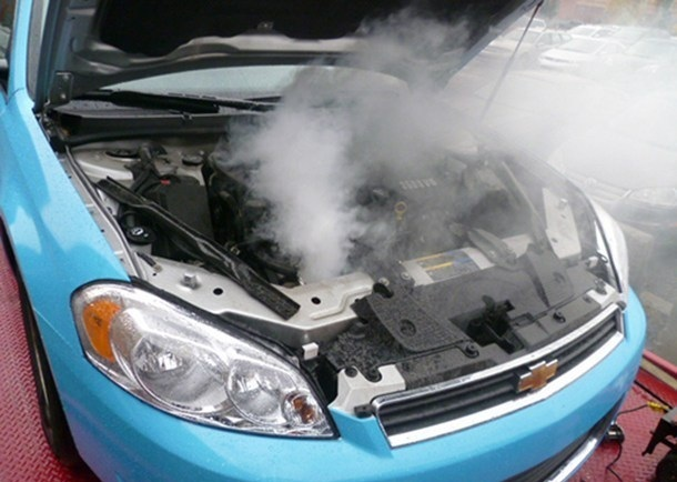 Как проверить помпу, не снимая с двигателя? Читай о способах