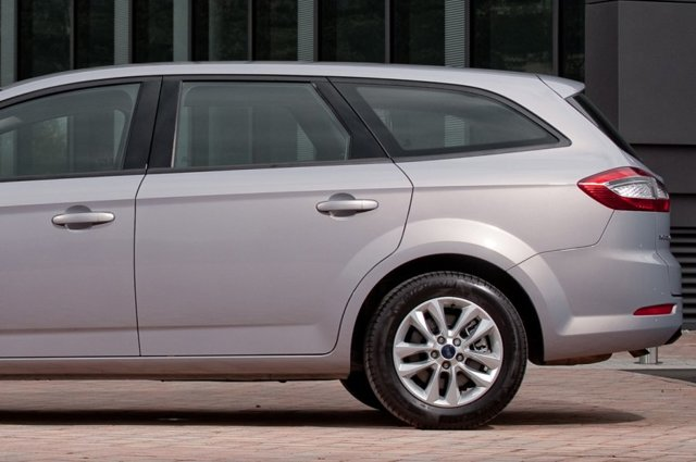 Обзор семейных автомобилей с большим клиренсом. Популярные модели авто в нашей стране