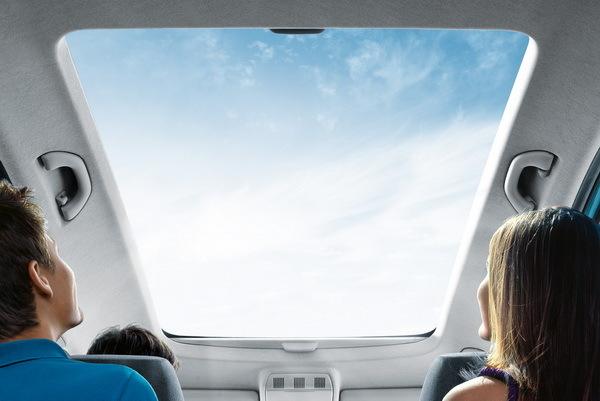 Список автомобилей с панорамной крышей. 15 вариантов