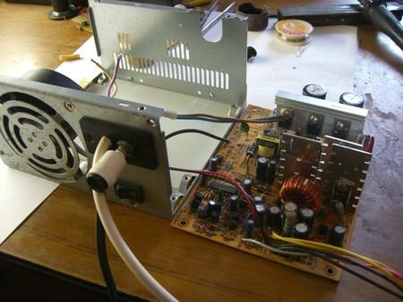 Как сделать зарядное устройство для автомобильного аккумулятора своими руками?