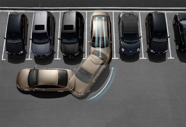 Как правильно выезжать с парковки задним ходом? Специально для новичков