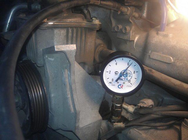 Какое давление масла должно быть в двигателе? Цифры говорят по фактам