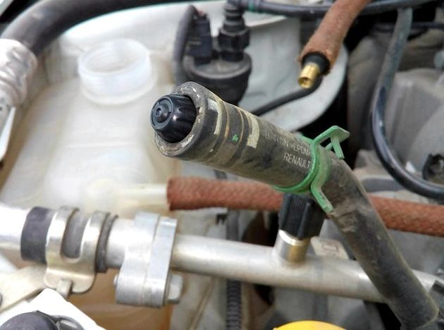 Как слить антифриз с блока двигателя? Обслуживаем машины