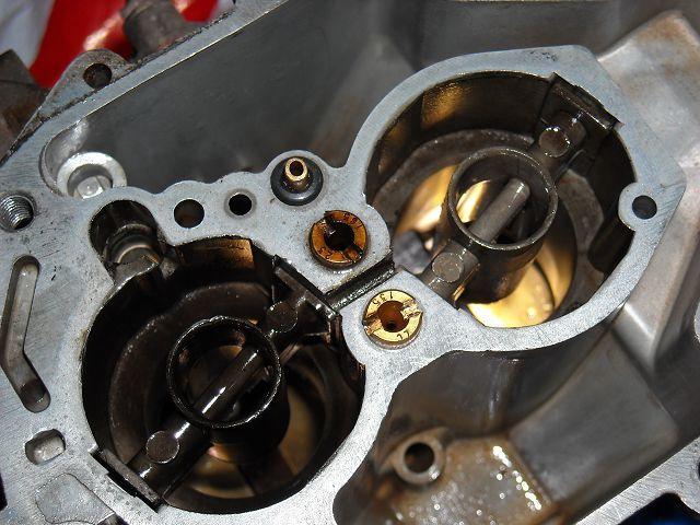 Почему плавают обороты на холодном двигателе? Возможные причины неполадки