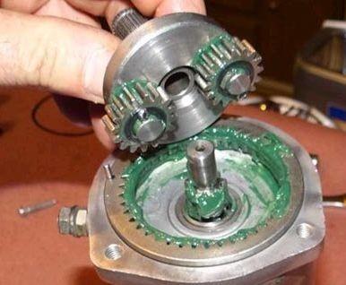 Чем и как смазать стартер? Техническое обслуживание двигателя своими силами