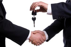 Стоит ли покупать машину? Все за и против такого приобретения