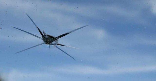 Как засверлить трещину на лобовом стекле? Проверенный способ в детальном описании