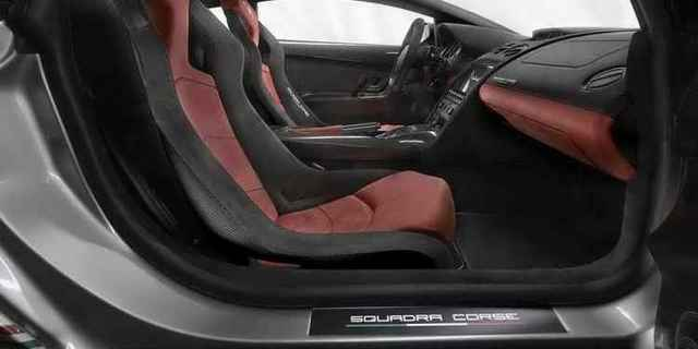 Как перетянуть сидения автомобиля своими руками? Это не так сложно