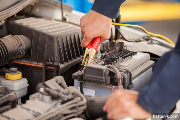 Как правильно обслуживать автомобильный аккумулятор? Список действий