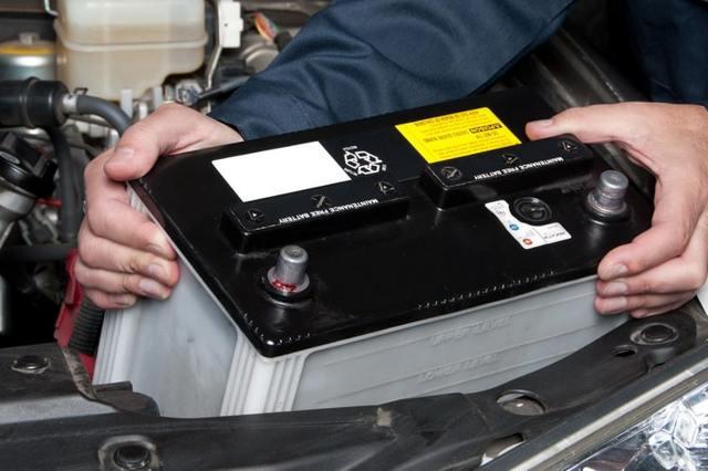 Как завести машину в мороз с акпп и мкпп? Список действий и советов