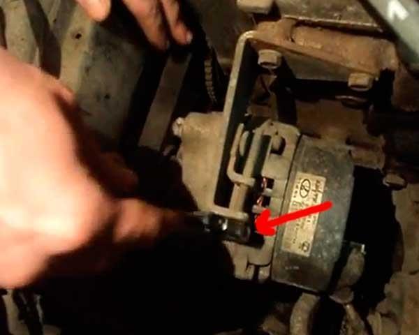 Как снять генератор на ваз 2114 и 2115? Доступные способы