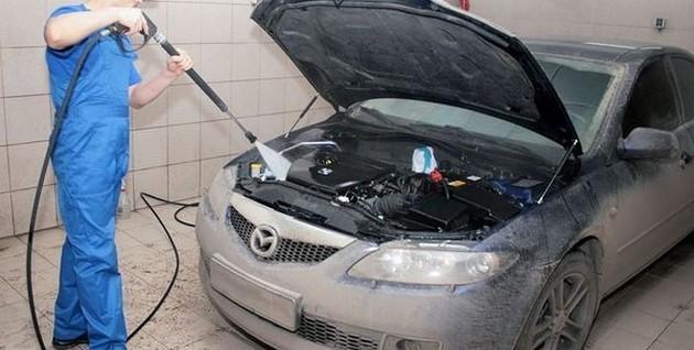 Помыл двигатель, машина не заводится. Что делать?
