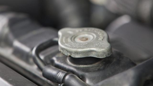 Почему на ходу остывает двигатель и как с этим бороться?