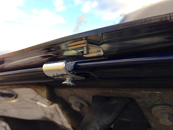 Зачем нужен дефлектор капота на автомобиле и нужно ли его ставить? Решай сам