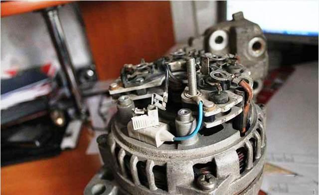Как проверить реле регулятора генератора? Делаем это правильно